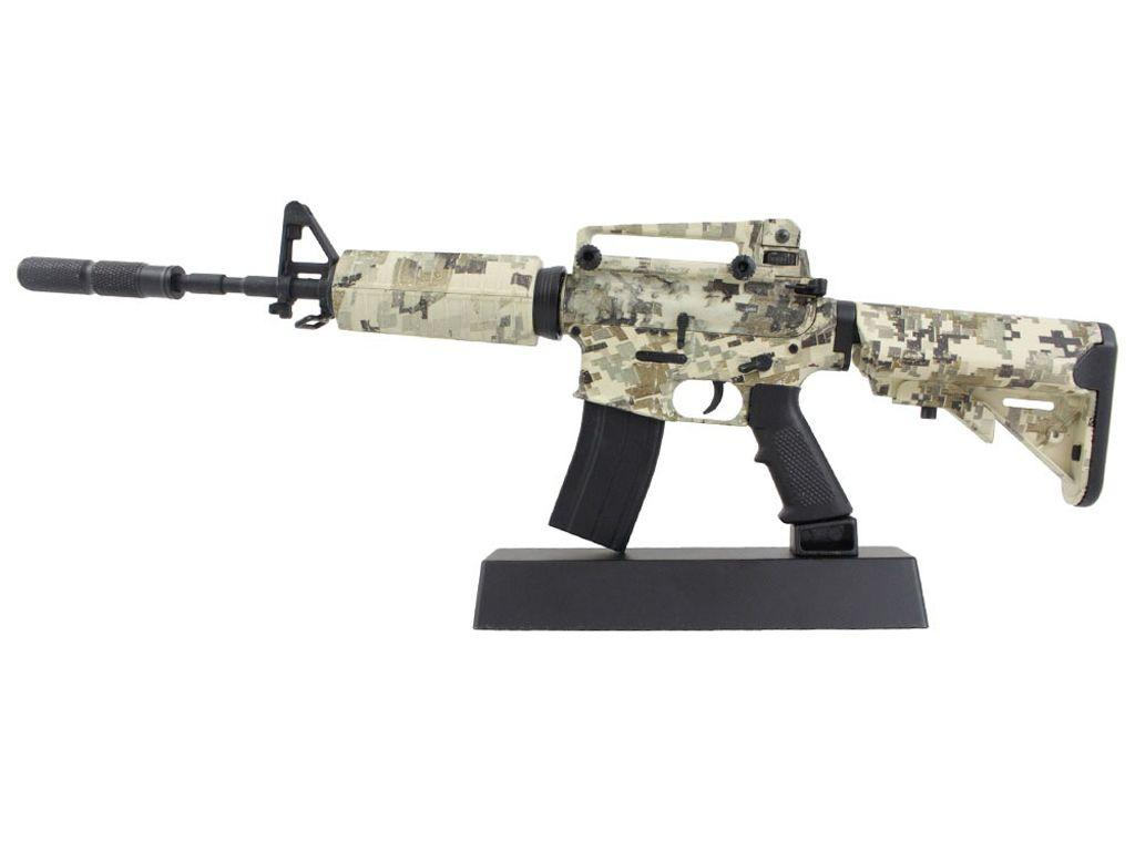 M4A1 Digital Camo 1:4 Scale Model Rifle Display